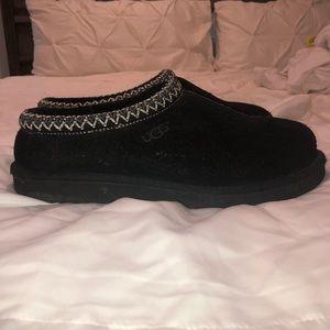 Ugg Tasman Slippers- gently worn - Black Size 10